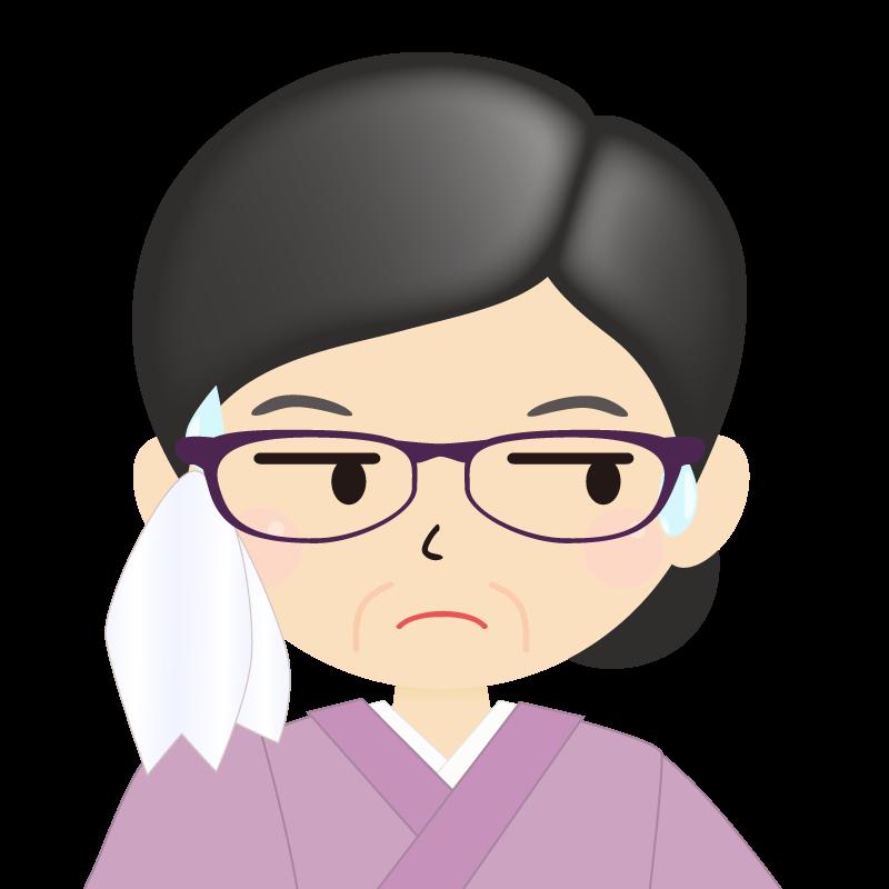画像:熟年・まとめ髪の女性・和装・着物・眼鏡 目線を外す