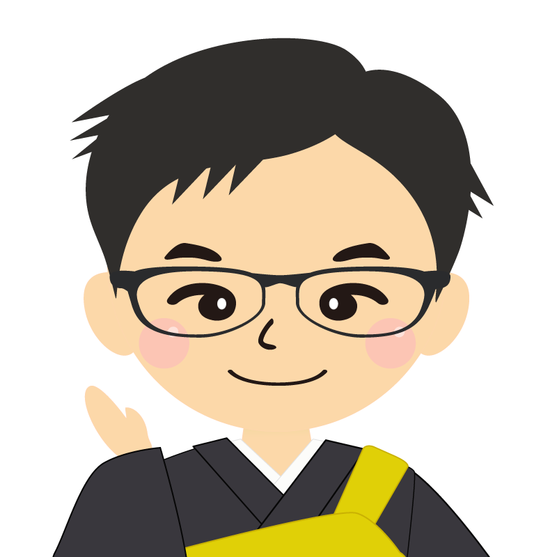 画像:短髪の男性・僧侶・法衣 眼鏡 笑顔
